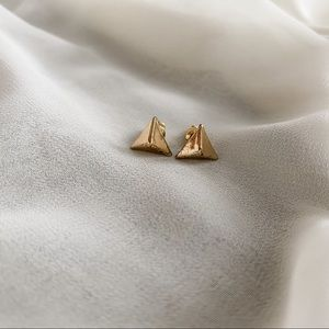 VTG Gold Small Geometric Triangle Stud Earrings